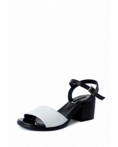 Серые босоножки на каблуке Blizzarini