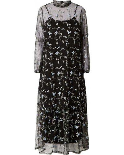 Czarna sukienka rozkloszowana tiulowa Edited