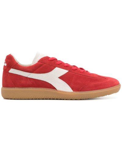 Красные кроссовки замшевые Diadora
