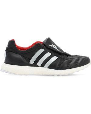Czarne sneakersy skorzane sznurowane Adidas Football