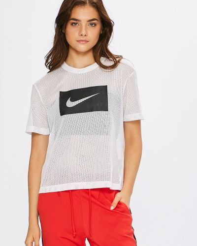 Спортивная футболка белая свободная Nike Sportswear