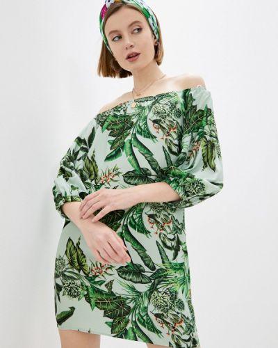 Зеленое платье с открытыми плечами Colcci