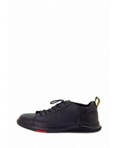 Кожаные кроссовки - черные Tomfrie