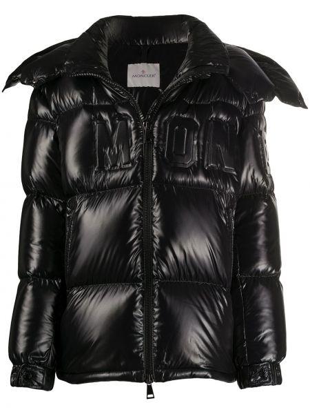 Черная куртка с капюшоном с манжетами на пуговицах с карманами Moncler
