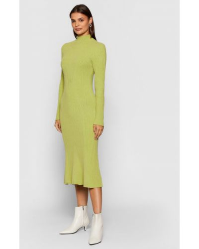 Zielona sukienka dzianinowa Kontatto