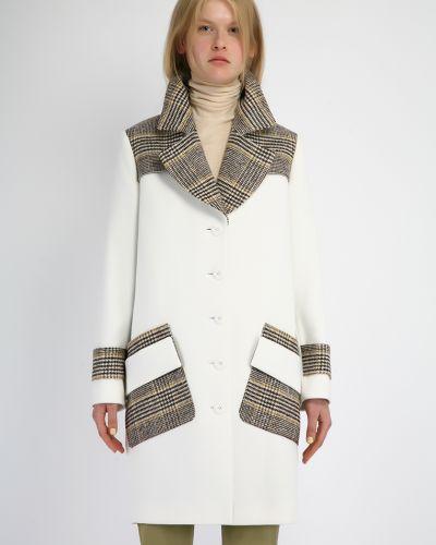 Пальто в клетку - белое Kano