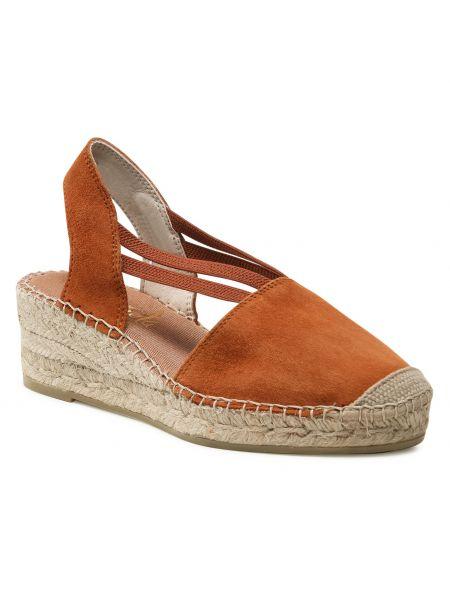 Brązowe sandały zamszowe Vidorreta