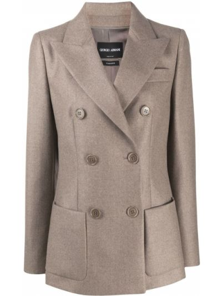 С рукавами шелковый прямой пиджак на пуговицах Giorgio Armani