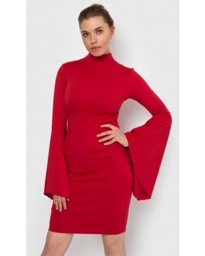 Платье прямое красный Malaeva