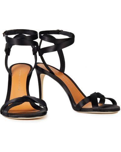 Czarne sandały skorzane z klamrą Victoria Beckham