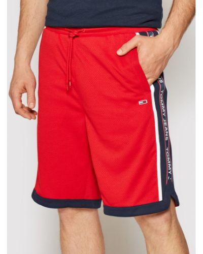 Czerwone szorty jeansowe z siateczką do koszykówki Tommy Jeans