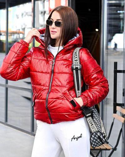 Куртка с капюшоном - красная No Brand