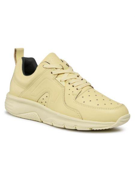 Żółte sneakersy Camper