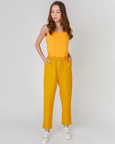 Прямые брюки на резинке с тиснением Numph