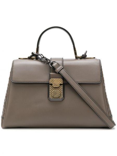 Золотистая плетеная серая маленькая сумка круглая Bottega Veneta