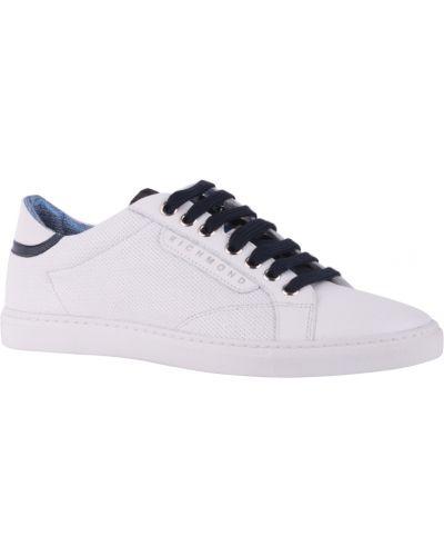 Белые кроссовки Richmond