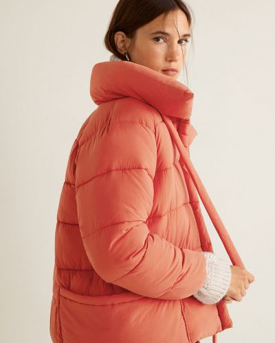 Стеганая куртка утепленная укороченная Mango
