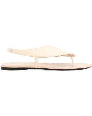 С ремешком кожаные бежевые сандалии на каблуке The Row