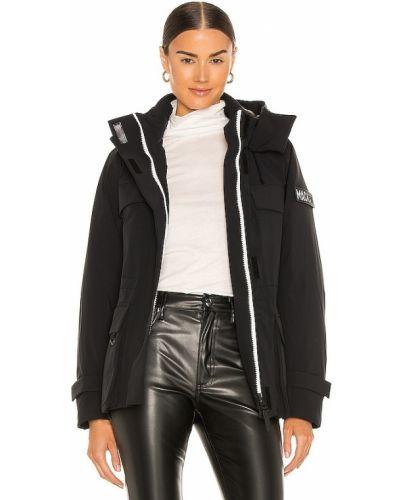 Пуховое черное пальто с капюшоном Mackage