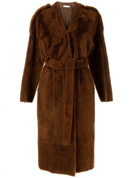 Коричневое длинное пальто с капюшоном из овчины Inès & Maréchal