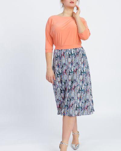 Платье с поясом персиковое через плечо Lacywear