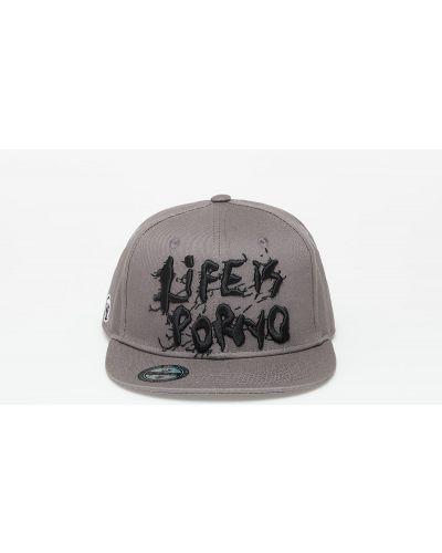 Brązowa czapka Life Is Porno