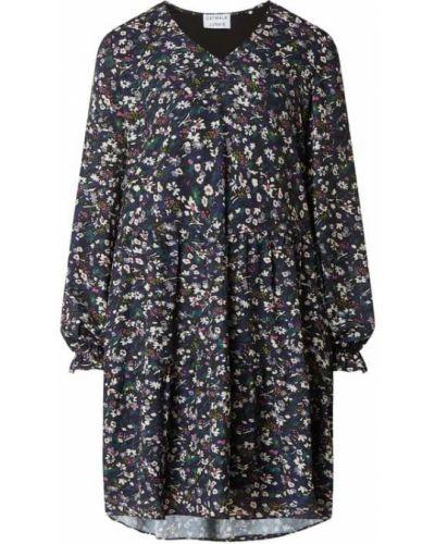 Czarna sukienka rozkloszowana z dekoltem w serek Catwalk Junkie