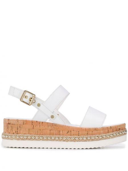 Sandały skórzany biały Carvela