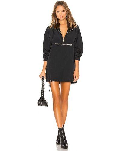 Czarna sukienka z kapturem z siateczką Danielle Guizio