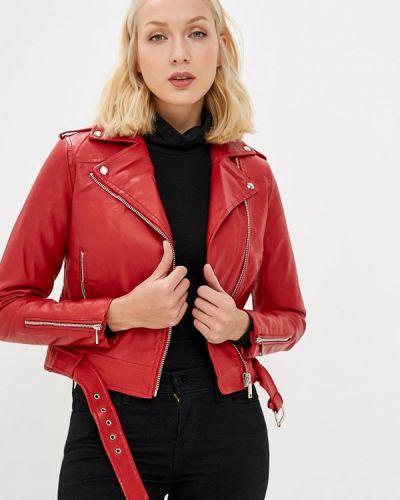 Кожаная куртка осенняя красная Piazza Italia
