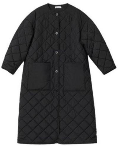 Czarny płaszcz casual Rodebjer