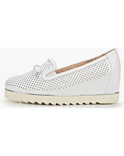 Туфли на каблуке кожаные белый Balex