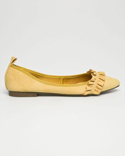 Желтые балетки Corina