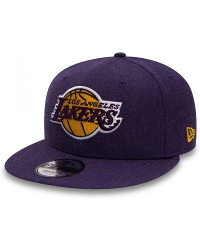 Малиновая шляпа шерстяная New Era