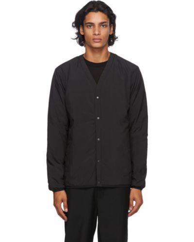 Czarny pikowana kurtka z kieszeniami z mankietami z łatami Norse Projects