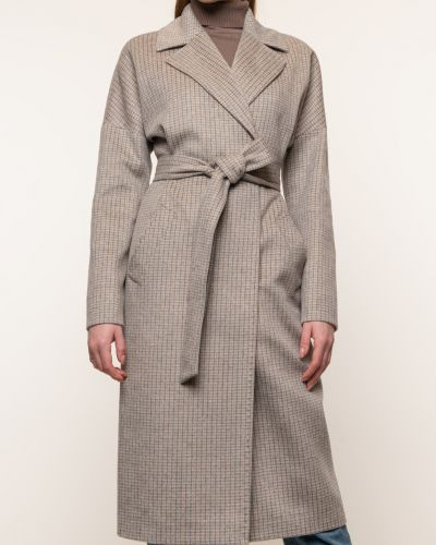 Бежевое шерстяное пальто с воротником синар