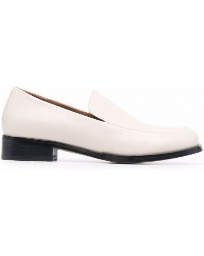 Loafers na obcasie - białe 12 Storeez