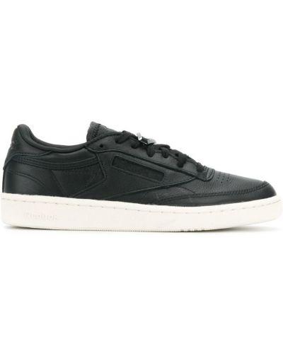 Кожаные кроссовки на шнуровке черные Reebok