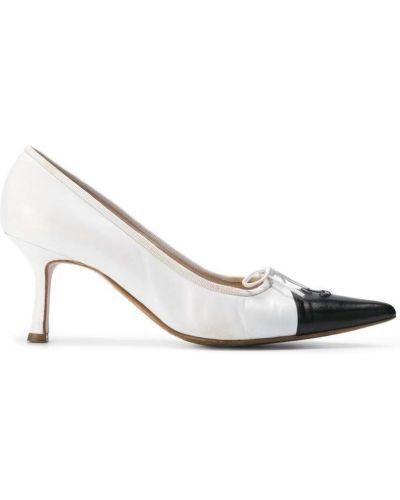Туфли на каблуке с бантом лодочки Chanel Vintage