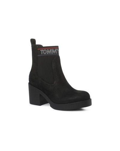 Джинсы mom черные Tommy Jeans