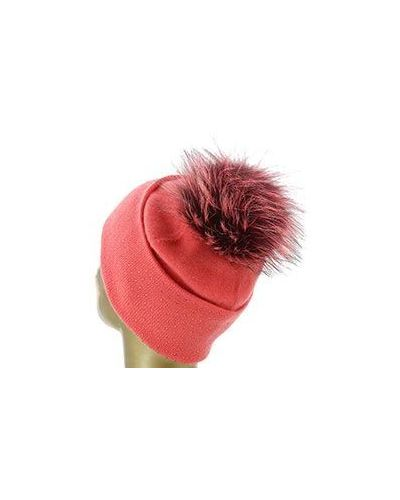 Красная шапка со стразами William Sharp