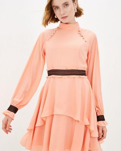 Прямое красное платье А-силуэта Auden Cavill