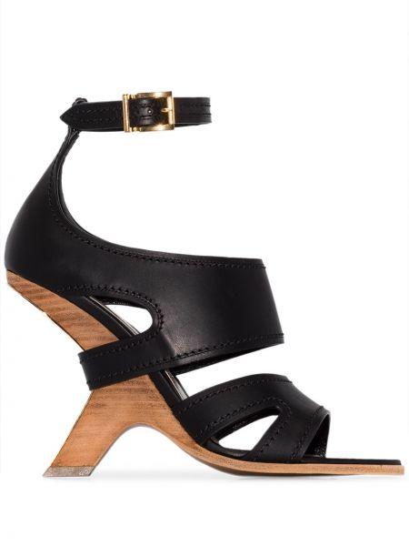 Sandały na koturnie skórzany czarne Alexander Mcqueen
