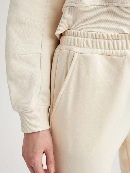 Хлопковые бежевые спортивные брюки с поясом Defacto
