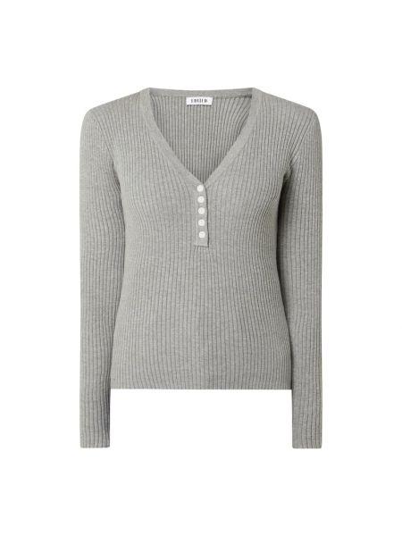 Prążkowany sweter bawełniany z dekoltem w serek Edited