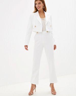 Брючный костюм белый Ruxara