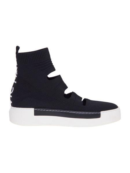 Czarne sneakersy skorzane z wiązaniami Vic Matie