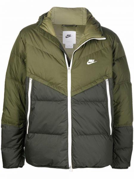 Зеленая куртка с карманами Nike
