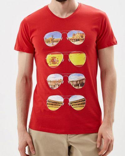 Красная футболка Paragoose