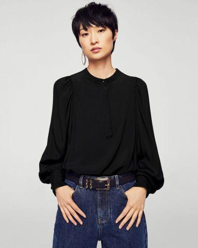 Черная блузка Mango